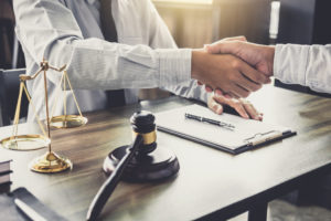 4 Things to Know Before You Call an Attorney for a Free Legal Consultation